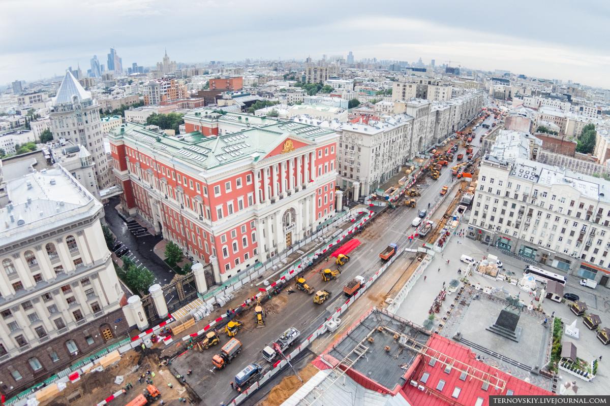 Тверская-площадь,-мэрия-Москвы-mini