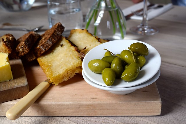 Bread and Olives at The Sportsman, Seasalter | www.rachelphipps.com @rachelphipps