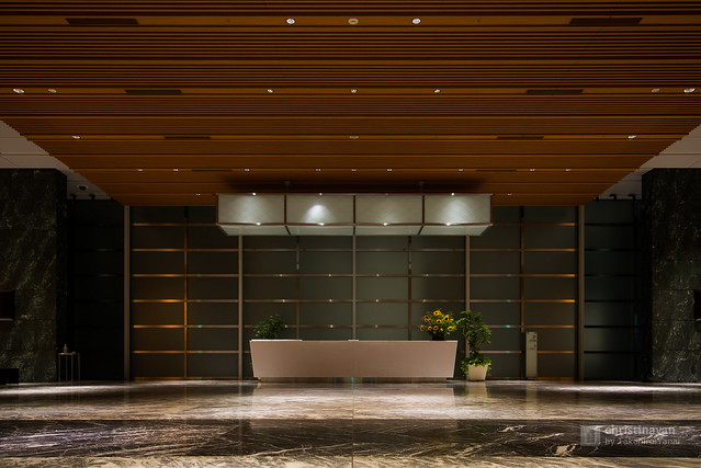 Reception desk of Nihonbashi Mitsui Tower (日本橋三井タワー)