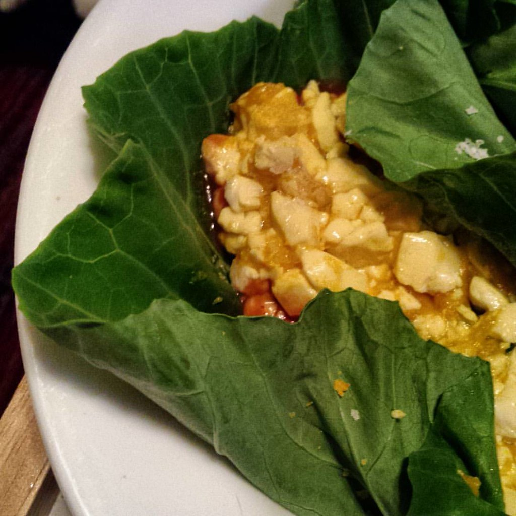Scrambled Tofu Collard Wraps