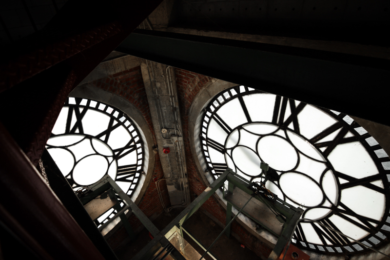 clock_tower_Tour_de_l'Horloge