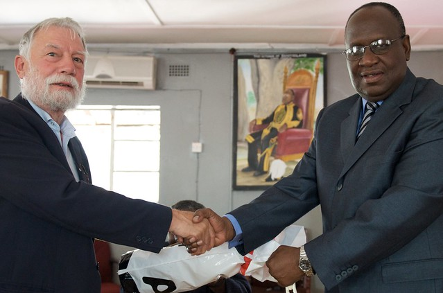 WorldFish Board Chair meets with His Majesty the Litunga. Photo by Patrick Dugan, 2012.