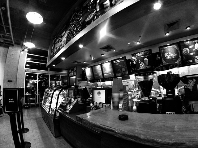 Starbucks Crescent Park