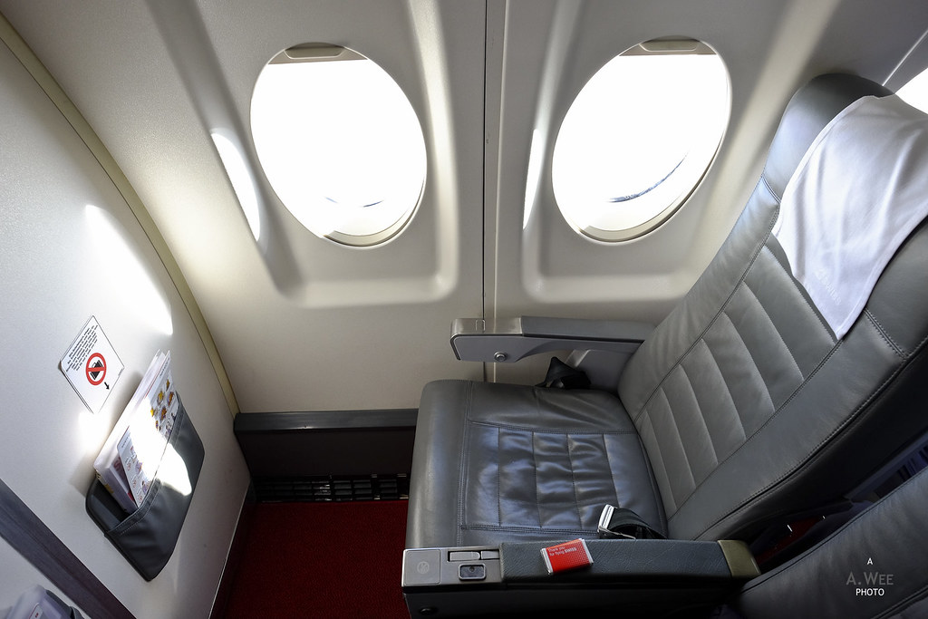 Seat 1F