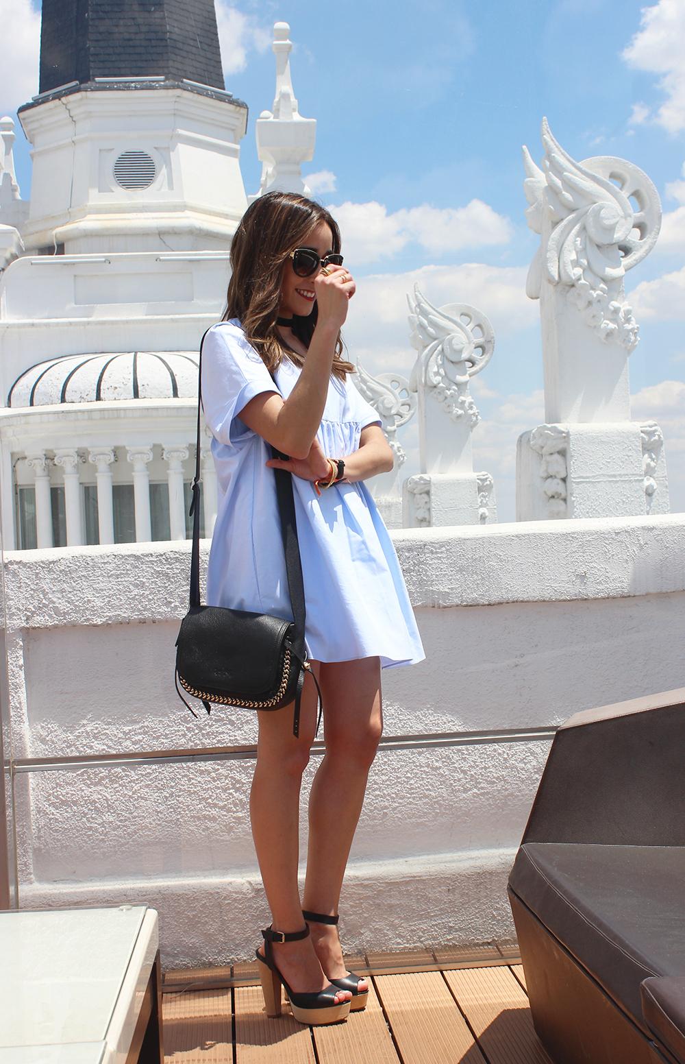 Light Blue Jumpsuit black sandals coach bag aristocrazy accesorries summer outfit01