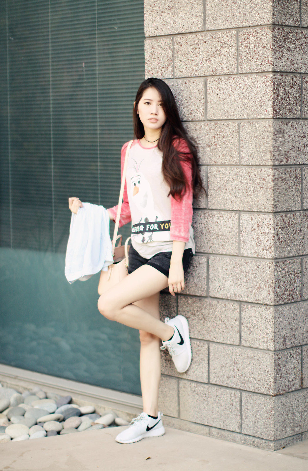 0201-disney-graphic-tee-sporty-chic-athleisure-summer-style-asian-fashion本