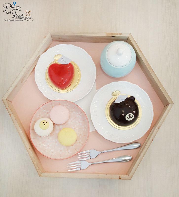 tiny temptress sri petaling cafe desserts