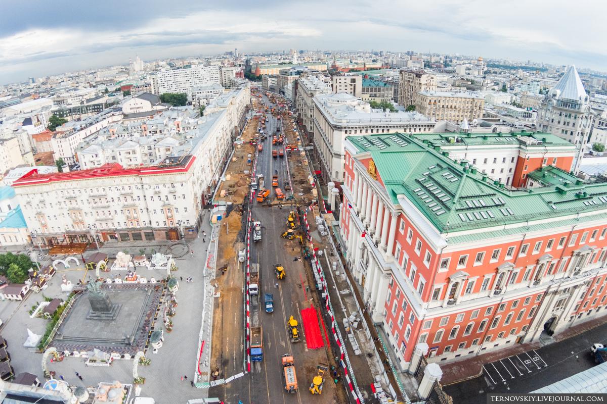 Тверская-площадь,-мэрия-Москвы,-вид-в-центр-mini