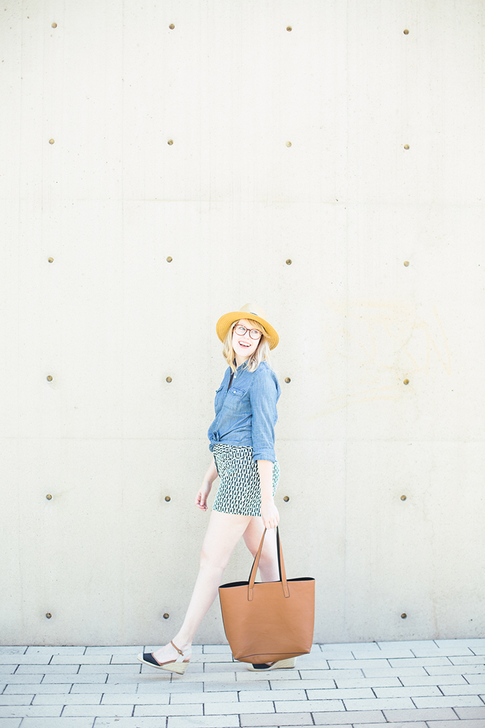 printed shorts chambray shirt5