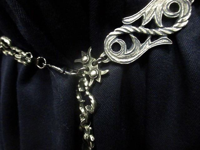 chain belt detail