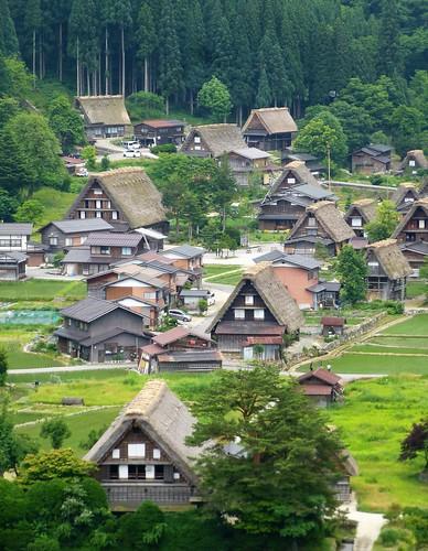 jp16-Shirakawa-go-montagne (5)