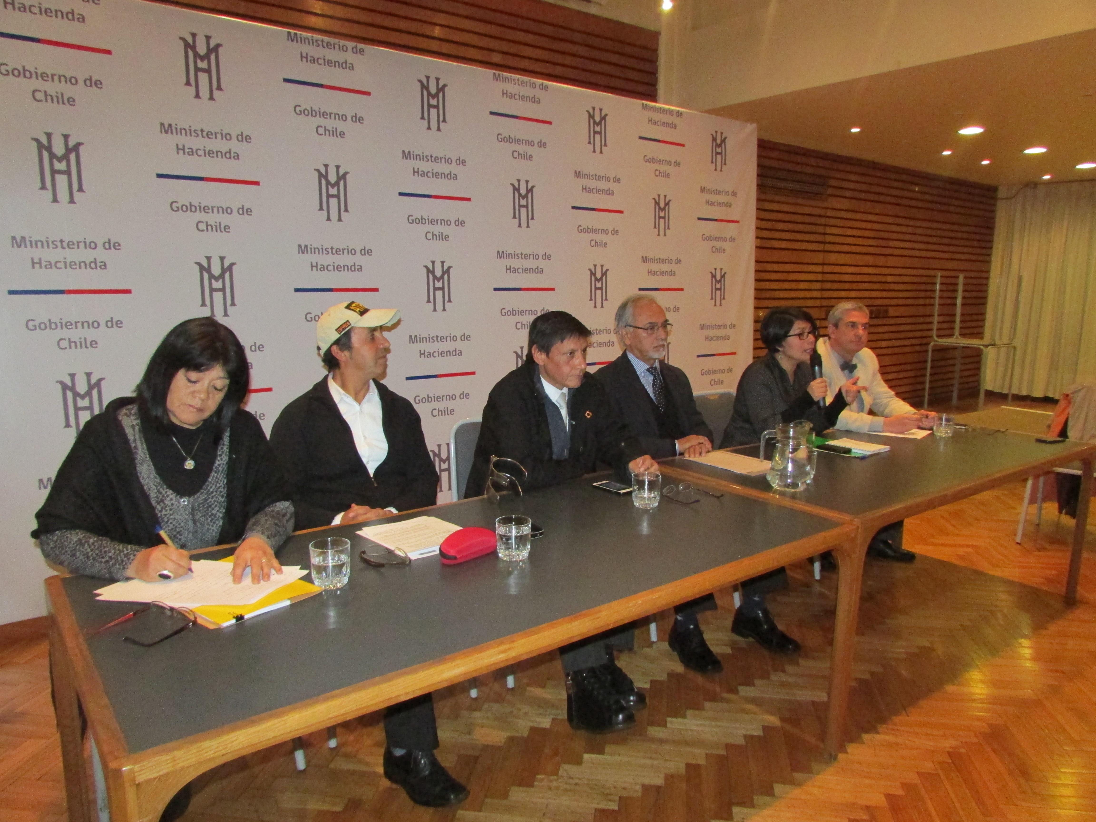 Elecciones Atradip: Candidatos participan en Segundo Foro - 03 Junio 2016