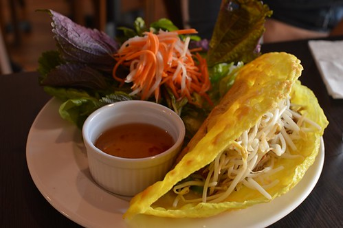 Vietnamese pancake with duck