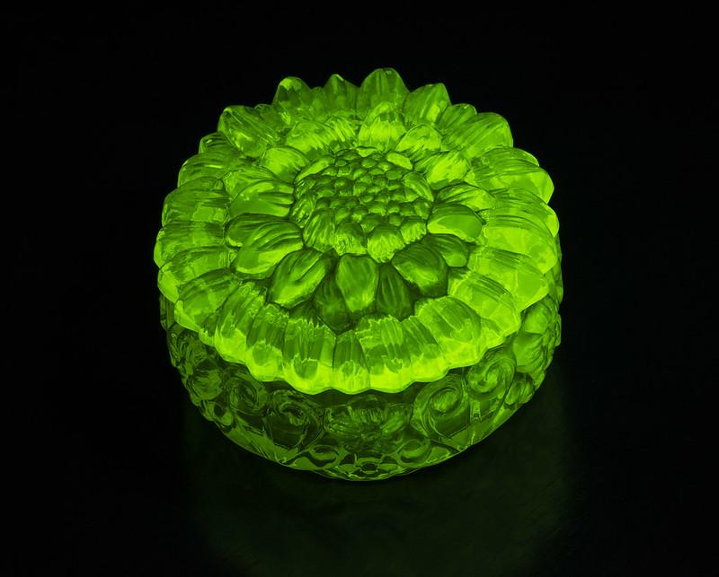 uranium_glass_2