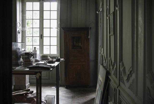 Store Room - le Château, box artist Peter Gabrielse's home