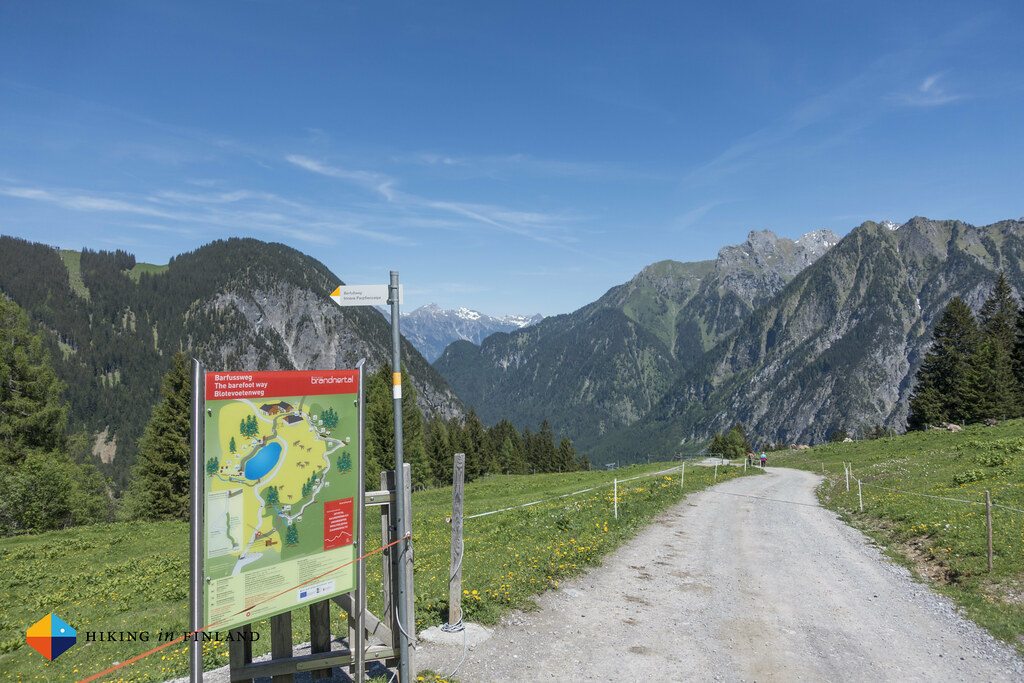 Barefoot trail at the end of the Natursprünge-Weg Brandnertal