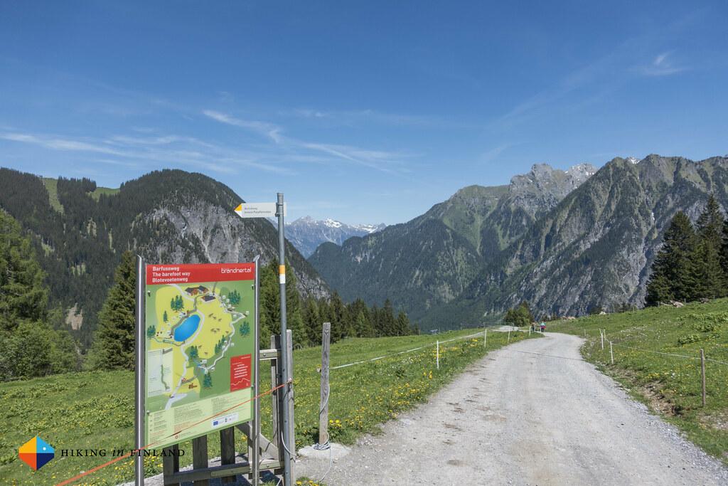 Barefoot trail at the end of the Natursprünge-Weg Brandnertal