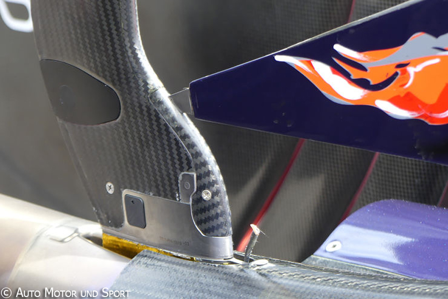 str11-exhaust