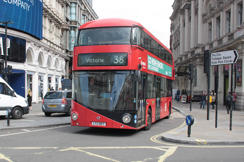 Arriva London North LT7