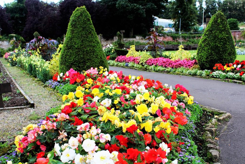 Borders at House for Art Lover garden, Glasgow