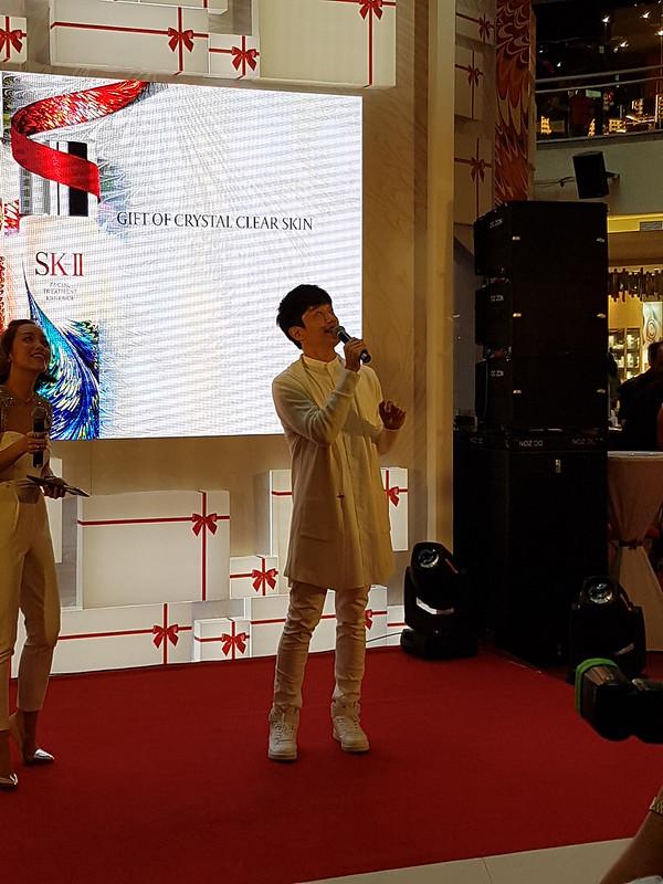 Nicholas Teo singing