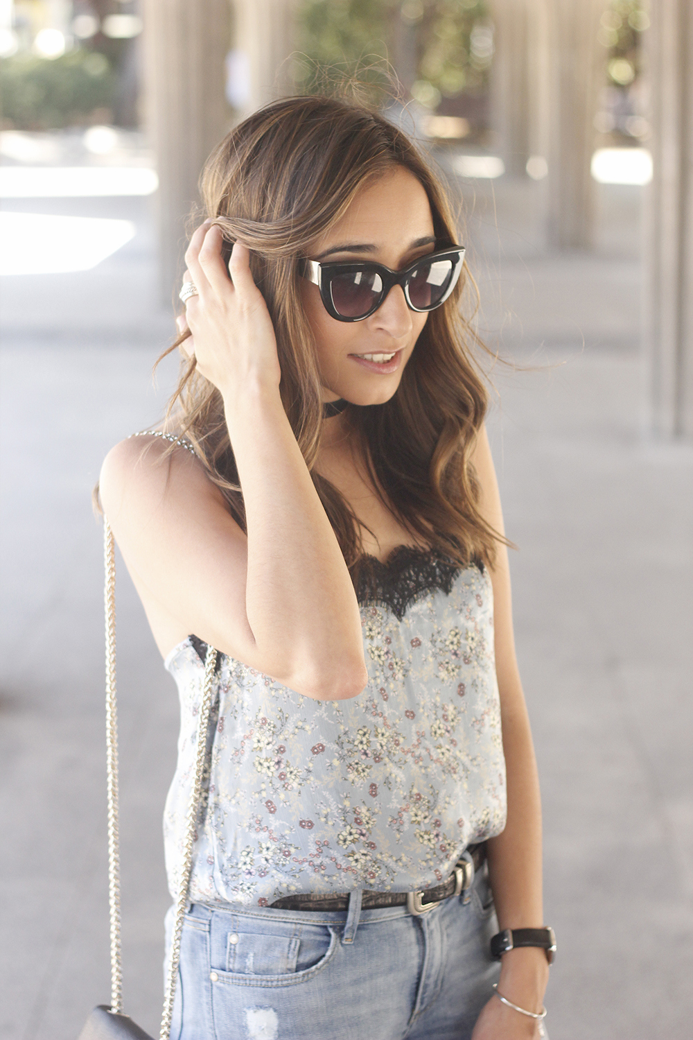 Lace top with skinny jeans heels summer outfit fashion style accesories13