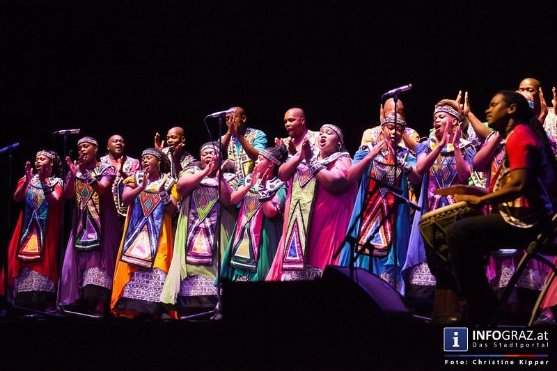 """Galakonzert des """"Soweto Gospel Choir"""" in der Helmut List Halle Graz"""