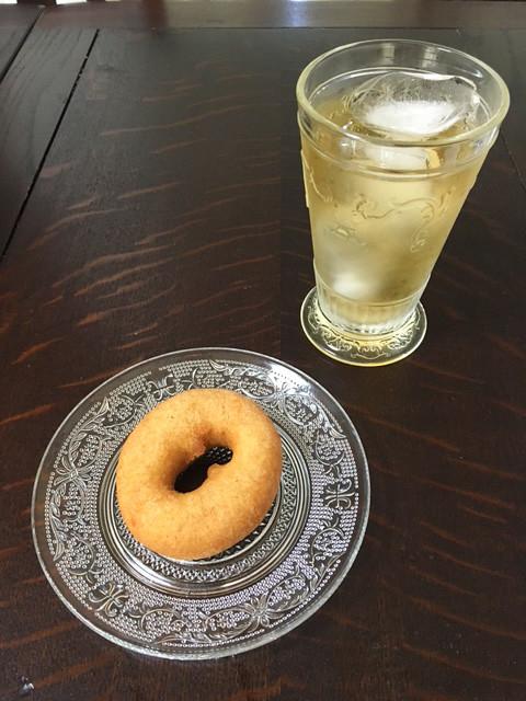 豆乳とおからのヘルシードーナッツhara donutsのプレーンドーナッツ②