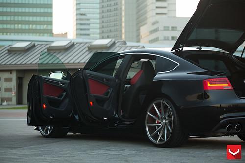Audi S5 Sportback on Vossen CVT Directional Wheels - Tokyo ...