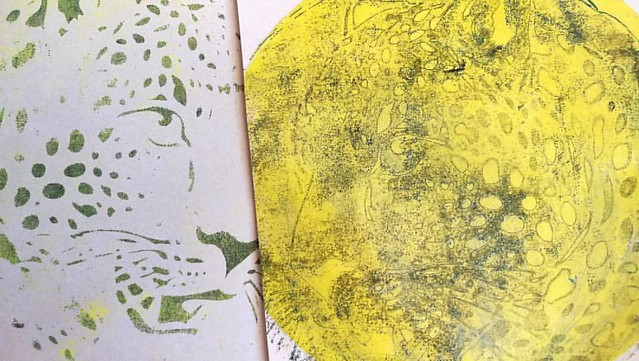 Gelli prints with Viva Decor Jaguar stencil. The right one has a laminated overlay using the tape transfer technique. @gelliarts #gelliplate #gelliprinting #monoprint #jaguar #cheetah #handpulledprint #handprinted #mixedmedia #mixedmediaartist