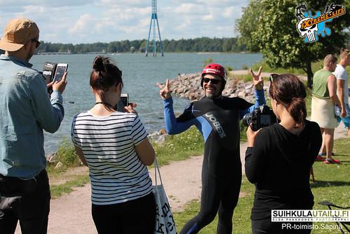 Suihkulautailun demopäivä Hietsussa 14.7.2016: Teuvo Loman ja Niko Saarinen