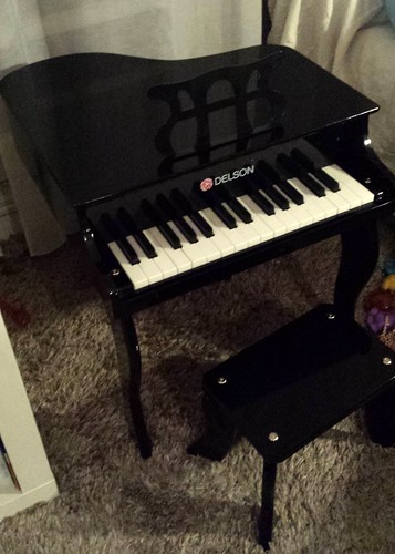le petit piano de notre petit enfant teresa tud mir flickr. Black Bedroom Furniture Sets. Home Design Ideas