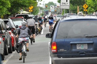 Bike traffic on N Williams Ave-16.jpg