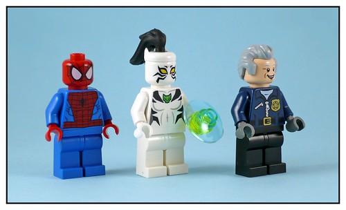 LEGO Marvel Super Heroes 76059 Spider-Man Doc Ock's Tentacle Trap 11