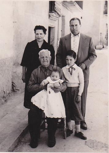 Josep Canadell Godia (dret dreta)