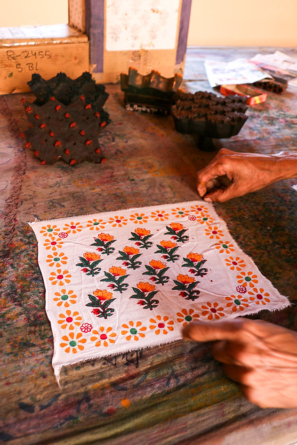 Block printed small cloth for demonstration, Anokhi Museum of Hand Printing, Jaipur ジャイプール、アノーキ美術館の実演で作ってくれた小さな布