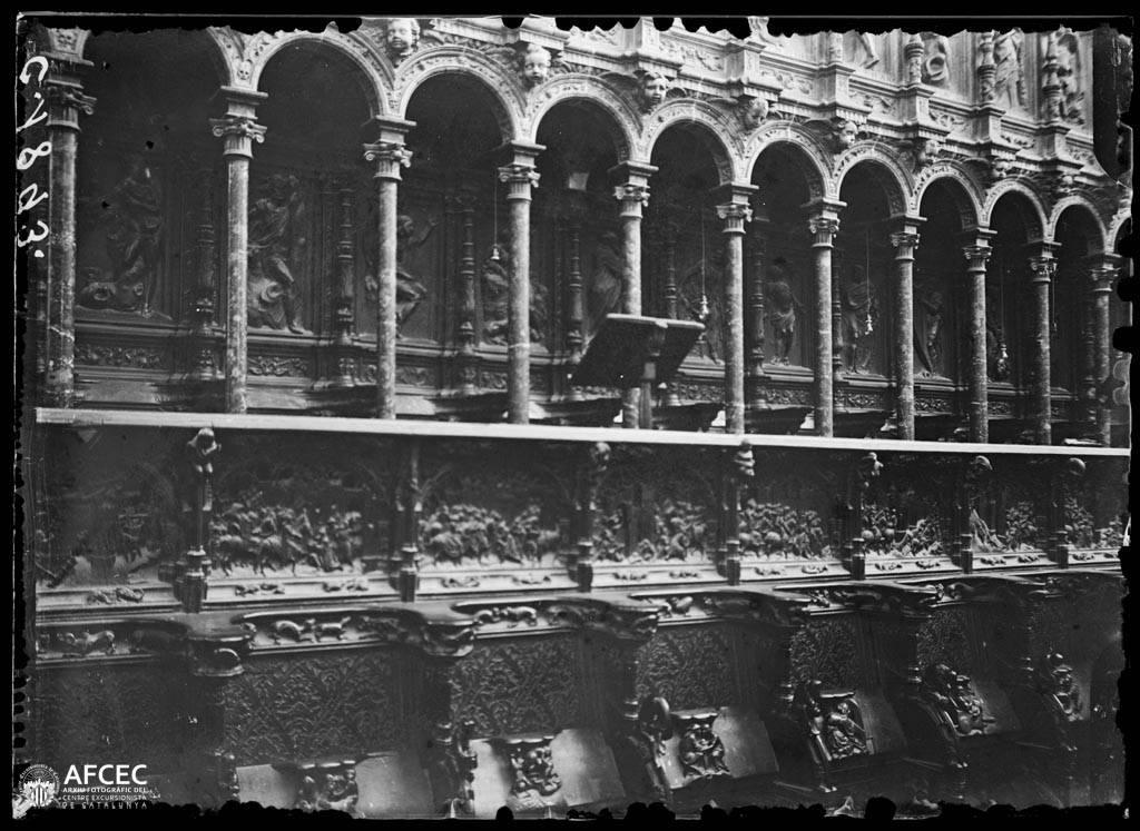 Coro de la Catedral de Toledo a comienzos del siglo XX. Autor Desconocido   © Centre Excursionista de Catalunya