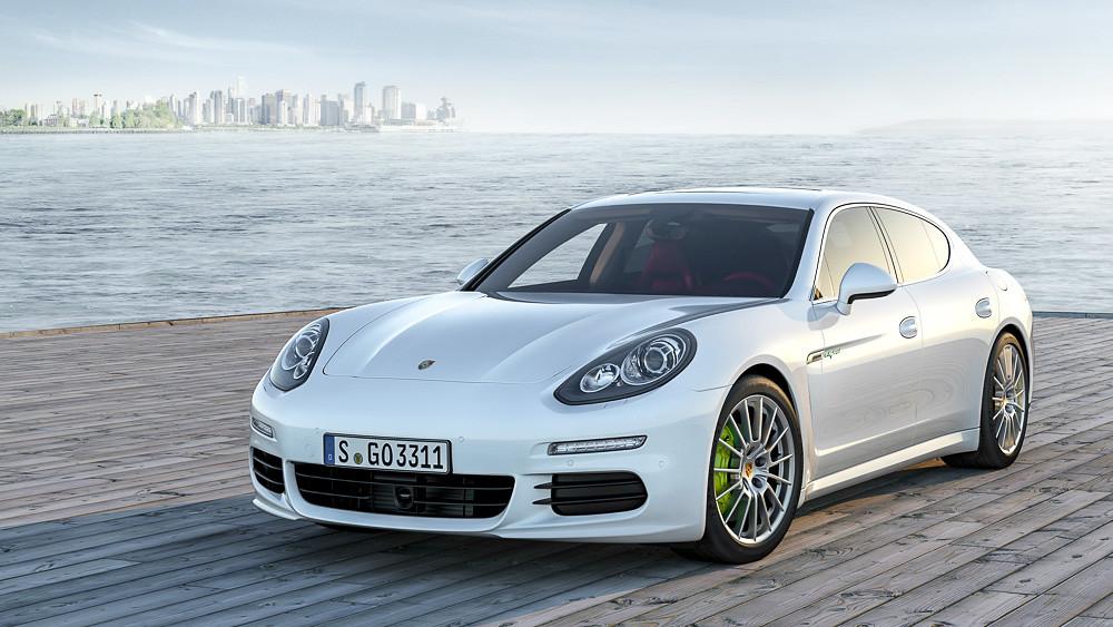 Porsche Panamera S E-Hybrid. 2013 год