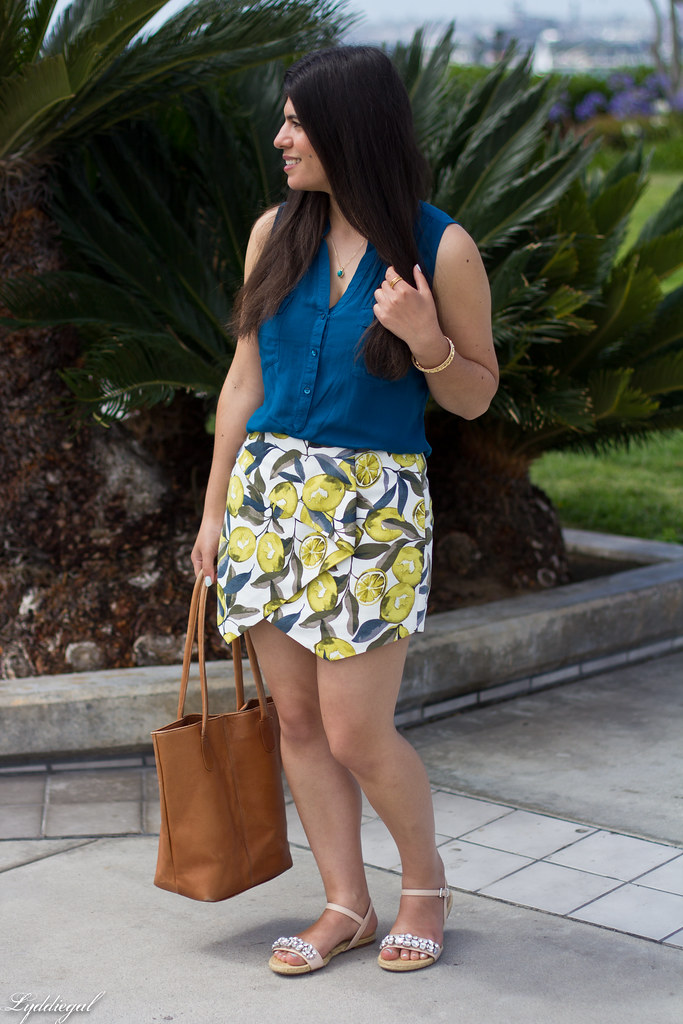 leomon print skort, teal blouse, jeweled sandals-2.jpg
