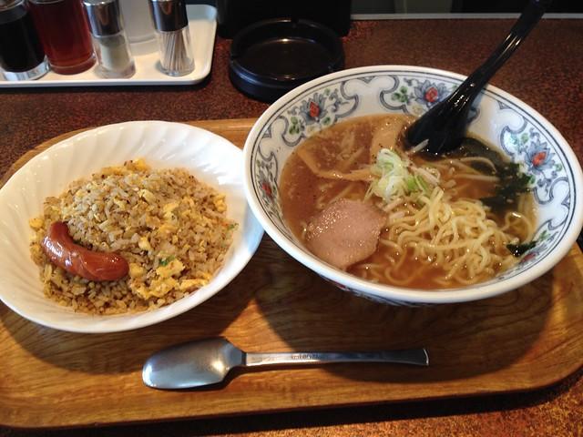 "Chineese Noodle set at ""AKAZUKIN"""