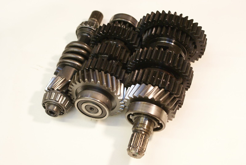 High Ratio gears and final drive. Changing gears and bevel box pinion removal. 27772355285_c2ecc143b1_c
