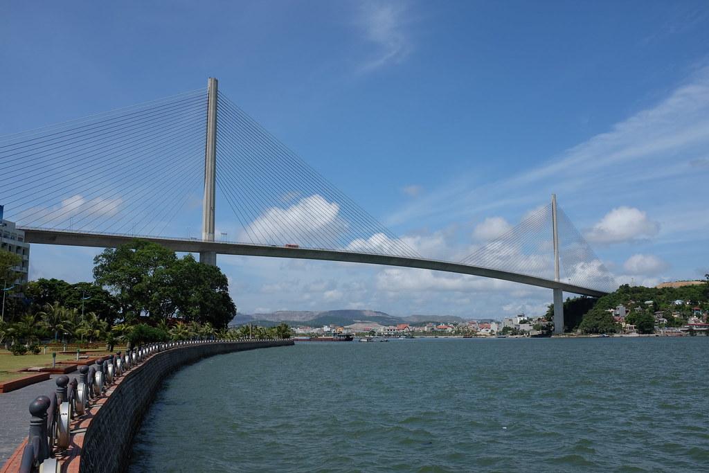 Bai Chay Bridge, Ha Long Bay, Vietnam