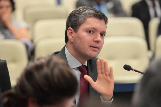 Temer é aconselhado a demitir ministro da Transparência após áudio de Sergio Machado