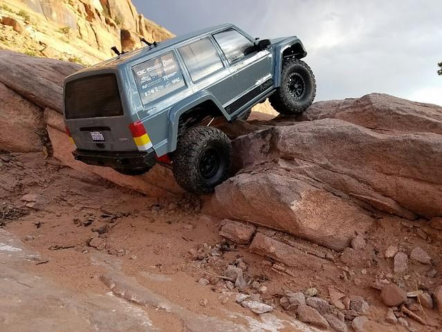 28616854333 4395ffa96a z scale 1.9 tire for Sandstone