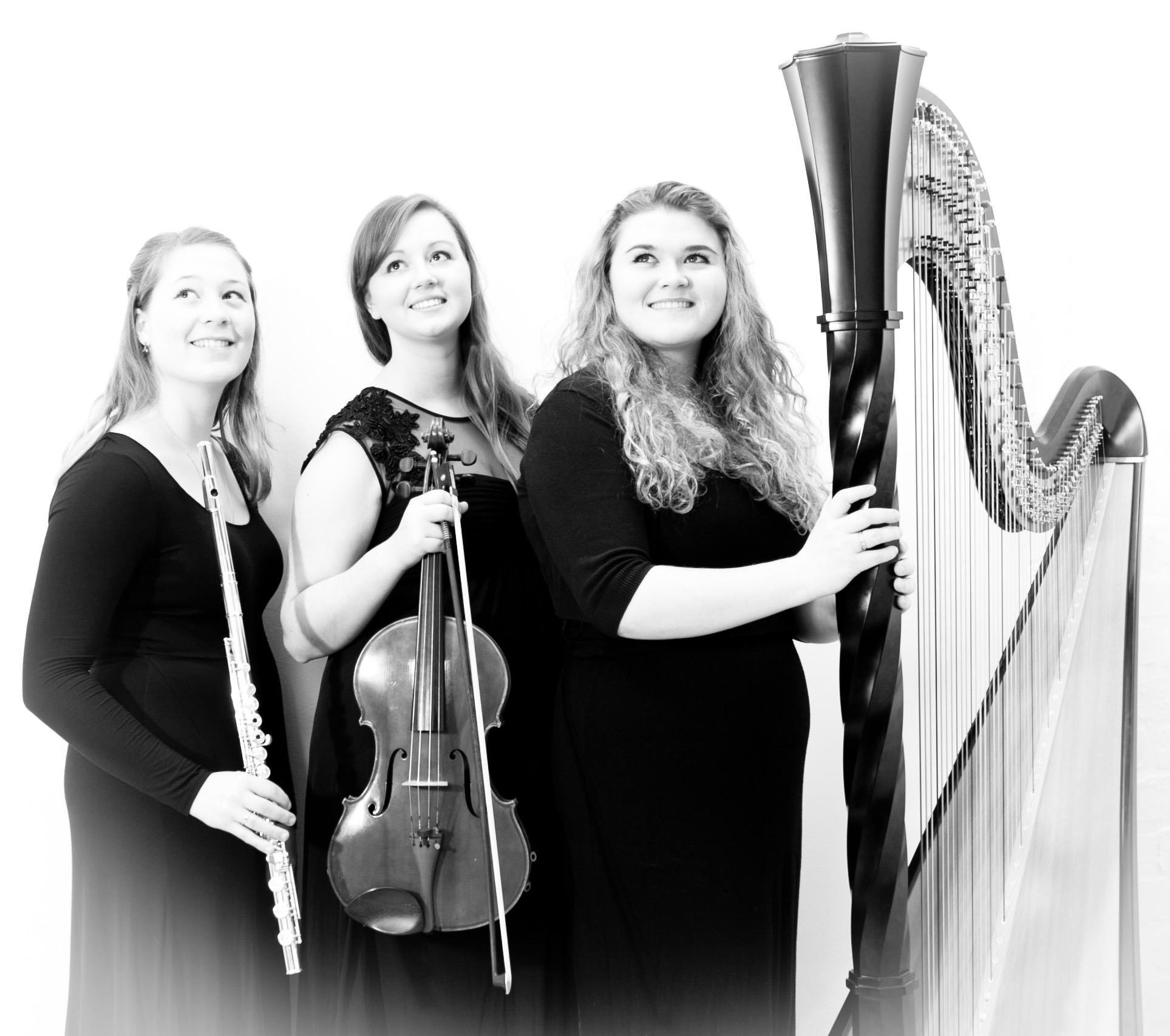 Lavena Trio - Liy Caunt, Jessica Thornhill, Chloe Roberts