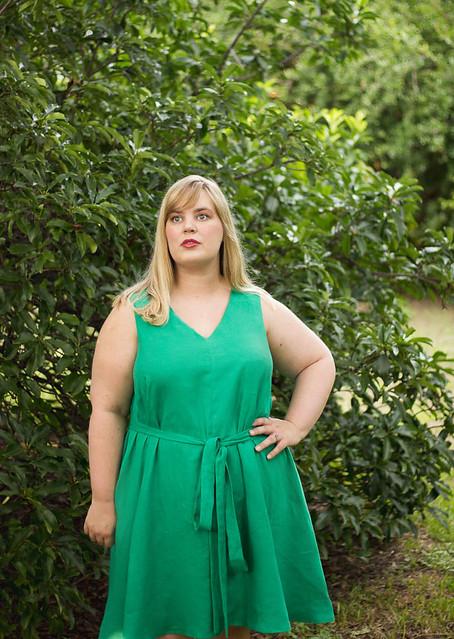 Idle Fancy - Papercut Sway Dress - Emerald Green Linen -31
