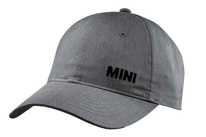 【新聞照片四】MINI服務中心限量字母棒球帽加購活動