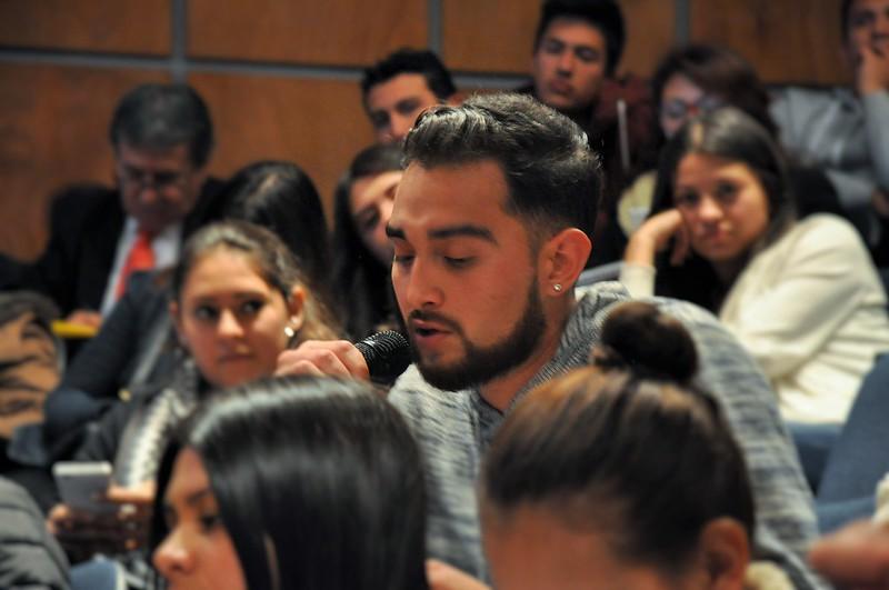 Cátedra Inaugural: La Paz, una agenda ciudadana.
