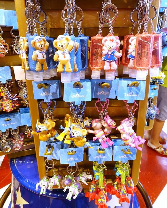 25 香港機場 迪士尼奇妙店 買達菲熊免進迪士尼樂園