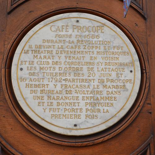 Caf Ef Bf Bd Monceau  Avenue De Villiers  Paris France